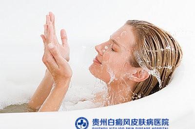 贵阳皮肤病医院治疗白癜风的专家