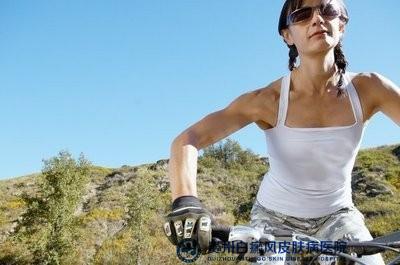 女性白癜风的病因有哪些?